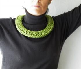 Scarf Crochet Necklace. Lime Green. Merino Wool Necklace. Fall Winter Fashion Accessiries Perfect Gift. Soft Jewellery. Handmade.